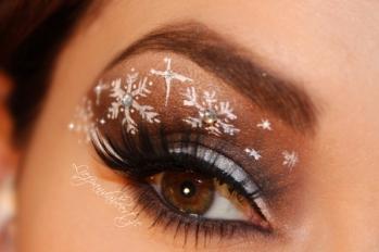 c7fbe0f7abb6cb42cdbe68830a47fd97-brown-snowflake